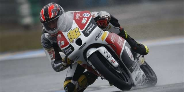 Moto3: Louis Rossi ovládl warm up