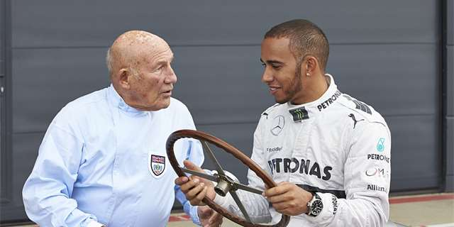Video: Stirling Moss a Lewis Hamilton se setkali v Silverstonu