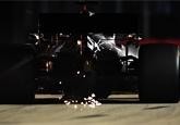 Ve druhém tréninku v Singapuru byl nejrychlejší Hamilton