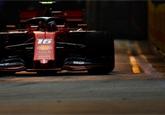 Pole position v Singapuru získal překvapivě Leclerc