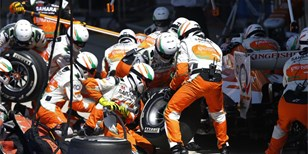 Red Bull a Force India dostaly pokutu za incidenty v boxech
