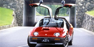 Autozam AZ-1: Maličké japonské autíčko s křídly byl totální propadák
